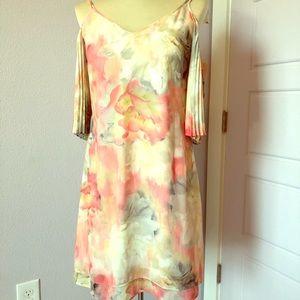 Whbm cold shoulder floral dress